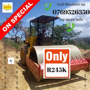Top Money Spinner!!! DYNAPAC 1997 CA301D SMOOTH DRUM ROLLER - CALLS ONLY TO SHABEER ON 0769526350