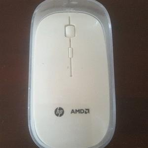 BRAND NEW SEALED INBOX HP WIRELESS MOUSE IN PERFECT WORKING CONDITION FOR CHEAP QUICK SALE