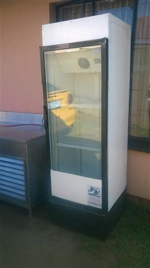 Coke Display fridge R2200