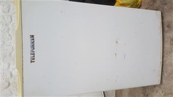 Telefunken bar fridge R600
