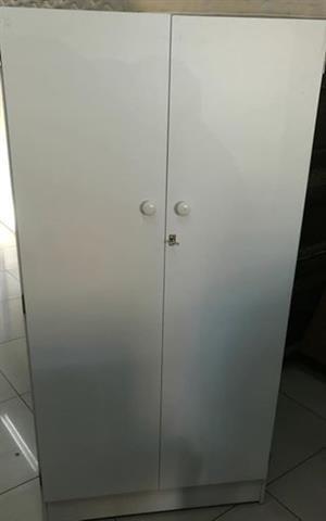 2 door wardrobes