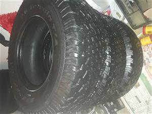 4x31.10 R15 tyres BF GOODRICH
