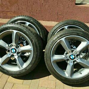 BMW 1 SERIES OEM 17IN MAGS & TYRES