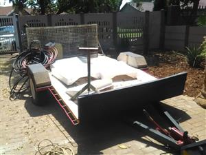 kiwi trailer