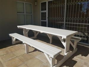 8seater classic garden Bench on Promotion