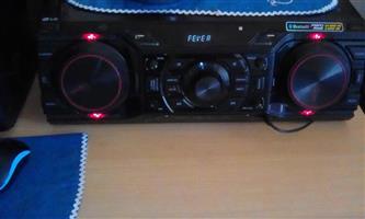 LG CM 9750 XBOOM HIF