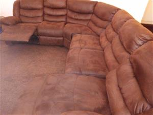 Reclining leather corner lounge suite