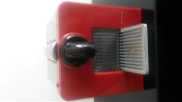 NESPRESSO - Le Cube - Automatic Espresso machine. (Red)