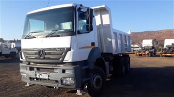 Mercedes 3335 Axor 10 cub tipper,Clean
