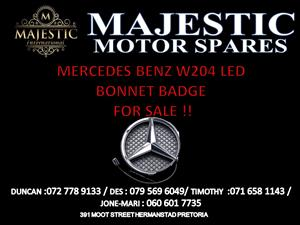 Mercedes Benz bonnet badge