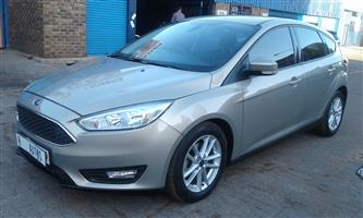 2016 Ford Focus sedan 1.5TDCi Ambiente