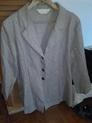 Brown Jacket (Tweed Print). Size 23 Penny C - URGENT SALE
