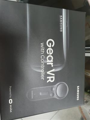 Samsung VR with Controller Brand New