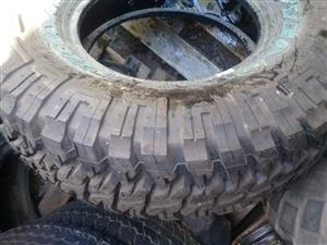 Tyres  mixed,new and used