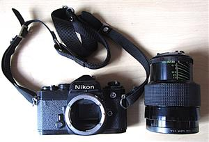 Nikon FE   Black SLR Film camera body