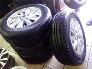 Vw amarok 18'' original mags and brand new 265/60/18 set combo r12999