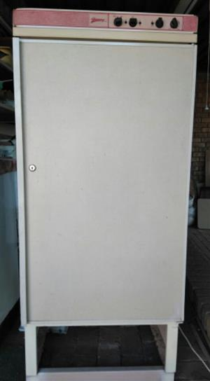 Gas operated fridge - 180liters