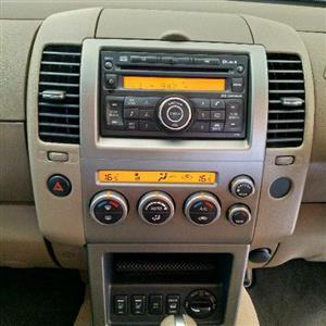 2008 Nissan Pathfinder 2.5dCi LE tiptronic