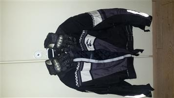 JACKET AND GLOVES PERFECTO