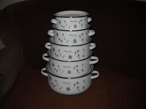 set of 5 Enamel pots