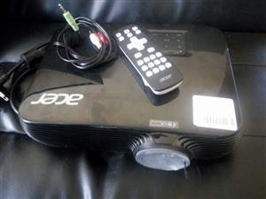 Acer full 3d projector with remote.new value is 10000 plus