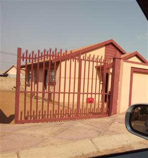 House for sale in block gg soshanguve
