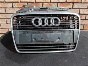 Audi A4 B7 Main Grill