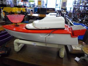 Bait Boat + Remote