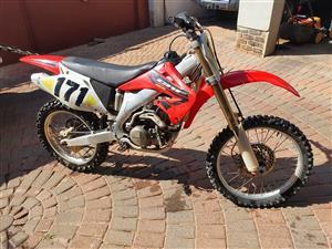2004 Honda CRF