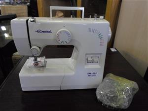Empisal EM-250 Deluxe Sewing Machine