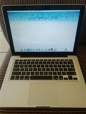 Macbook pro 13inc i5 2012