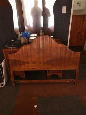 Dresing table and head board.