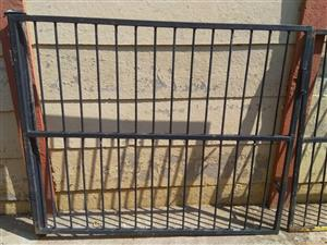 Swing Gates for Driveway
