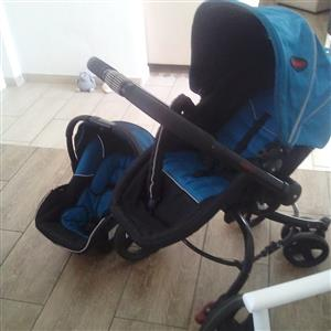 Chileno 2 in 1 pram plus raincoat, excellent condition. Price negotiable