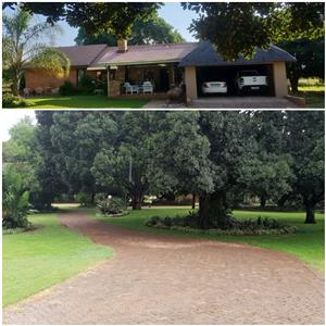 TIPUANA - A Beautiful 13HA Small Holding on the R513 - Dont miss out!!