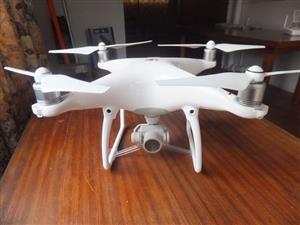 DJI Phanthom 4 Drone
