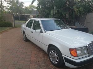 1993 Mercedes Benz 200E