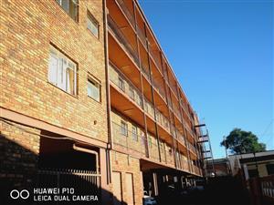 1.5 BDR Flat for sale - Pretoria West