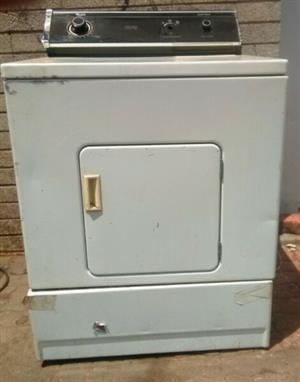 Whirlpool Heavy Duty Large Capacity Tumble Dryer