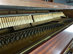 Upright Piano Otto Bach