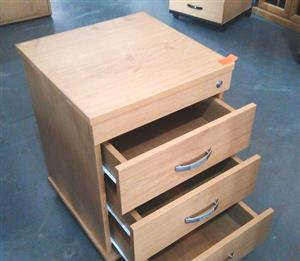 Oak mobile pedestal 3 drawer