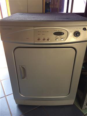 Samsung Tumble Dryer - DV5008J