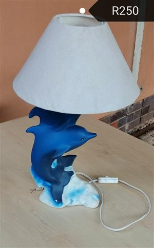 Dolphan light