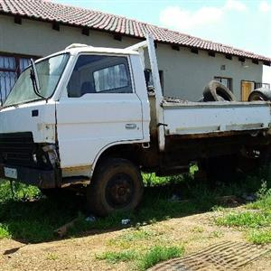 Mazda t3000  for sale u can start or strip for spares