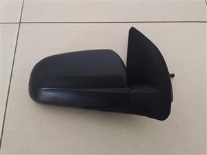 Chevrolet aveo hatchback  2009/13 BRAND NEW DOOR MIRROR MANUAL FOR SALE PRICE:R850 EACH