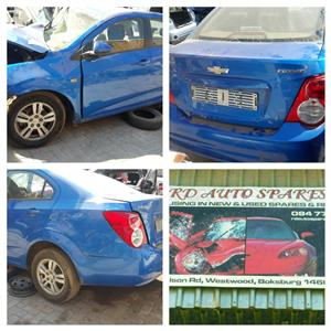 STRIPPING CHEVROLET SOINC CAR SPARE PARTS