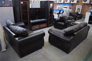 3 Piece dark brown leather lounge suite