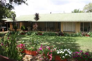 Plot outside Cullinan for rent