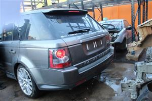 Stripping this vehicle Landrover Range rover Sport 3.0D HSE 2010