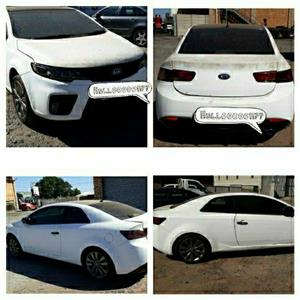 Stripping Kia Cerato Koup Car Spare Parts